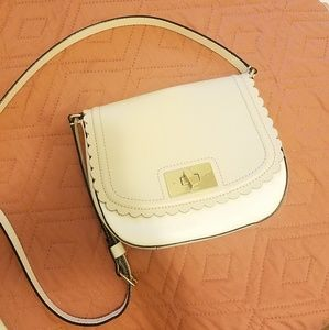 Kate Spade | Taupe Scallop Crossbody